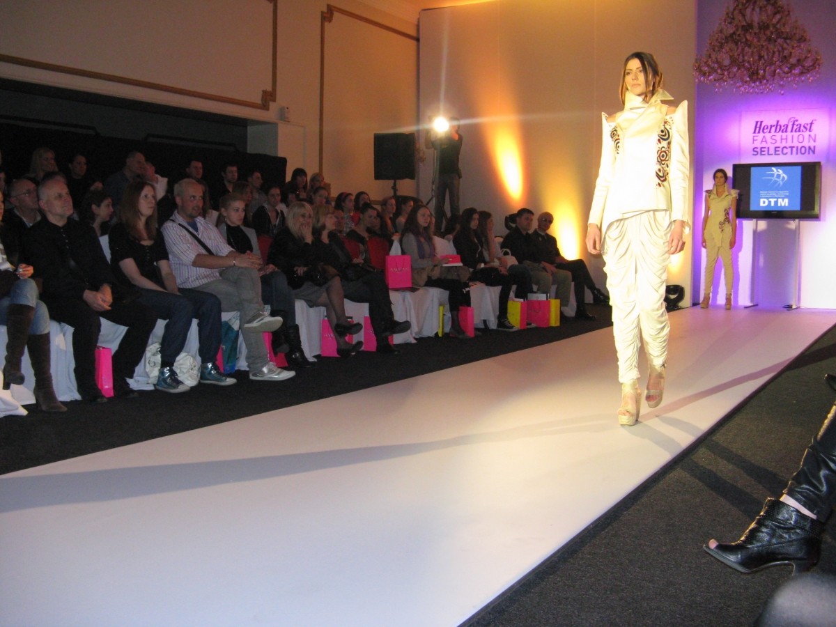 DTM_2011_Fashion selection_06