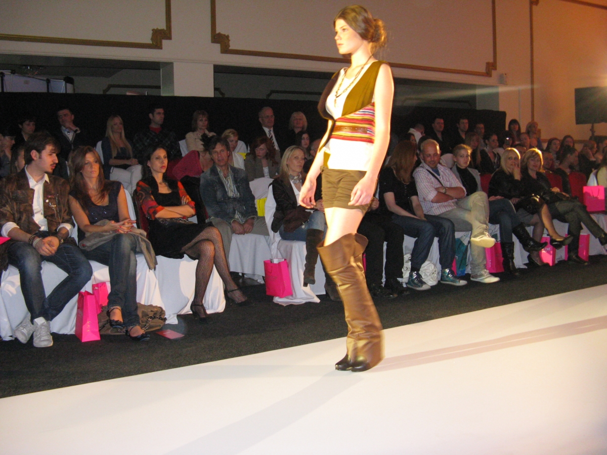 DTM_2011_Fashion selection_09