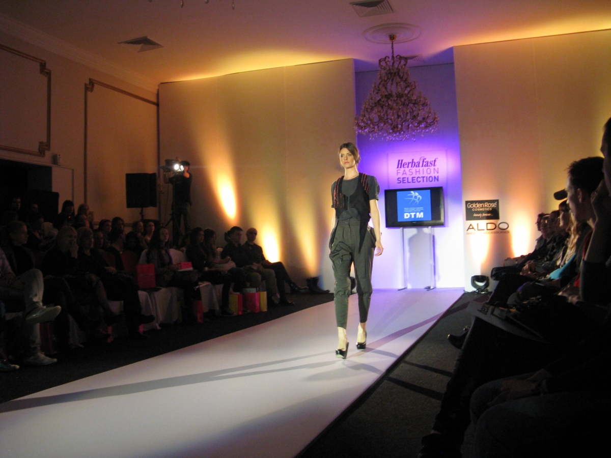 DTM_2011_Fashion selection_08